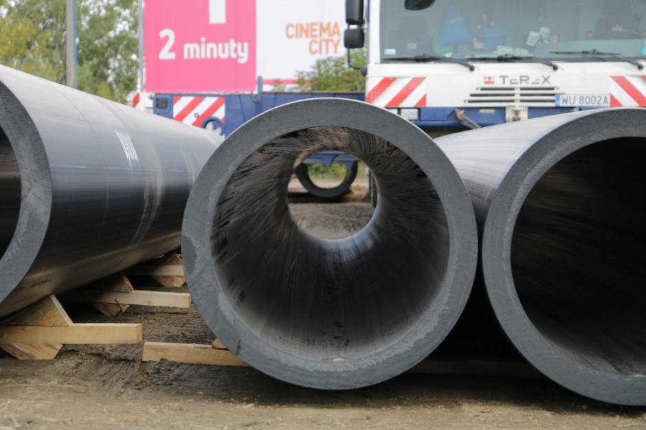 Warszawa: Kolejny dzień przygotowań do budowy tymczasowego kolektora ściekowego