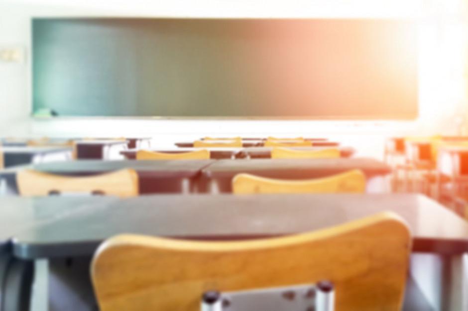 Warmińsko-Mazurskie: Zdalna nauka w zespole szkół w Działdowie, nauczyciel zakażony koronawirusem