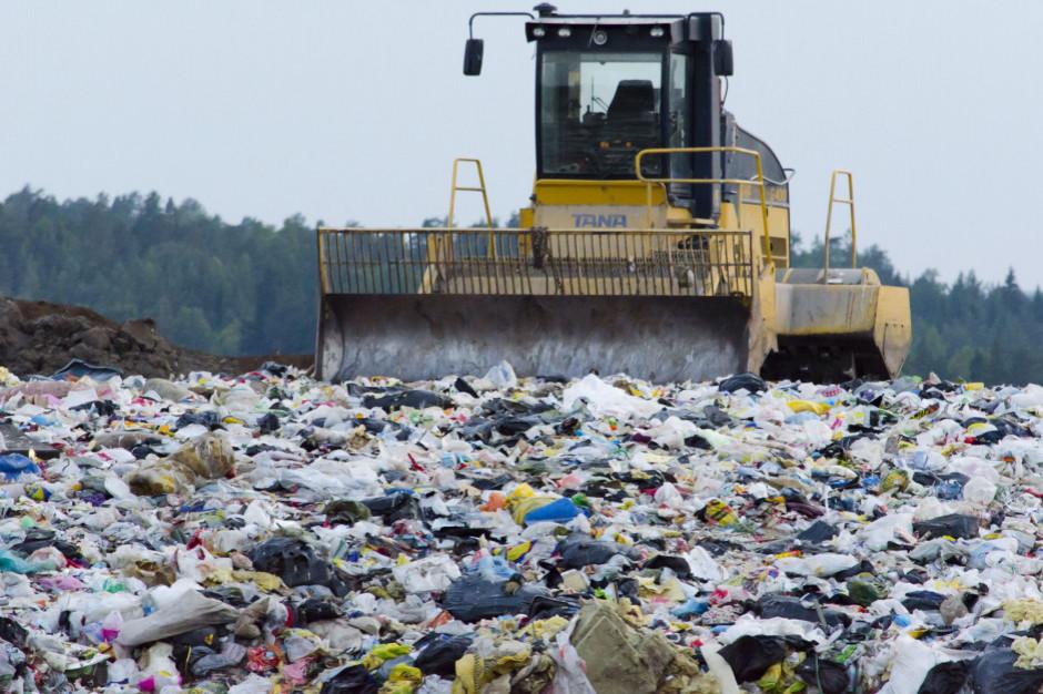 Samorządowiec o odpadach: trzeba było przebić tę bańkę