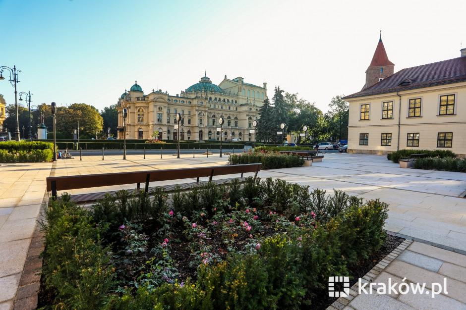 W Krakowie otwarto zrewitalizowany plac św. Ducha