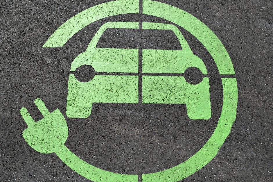 GDDKiA planuje do końca roku kolejne pięć punktów ładowania aut