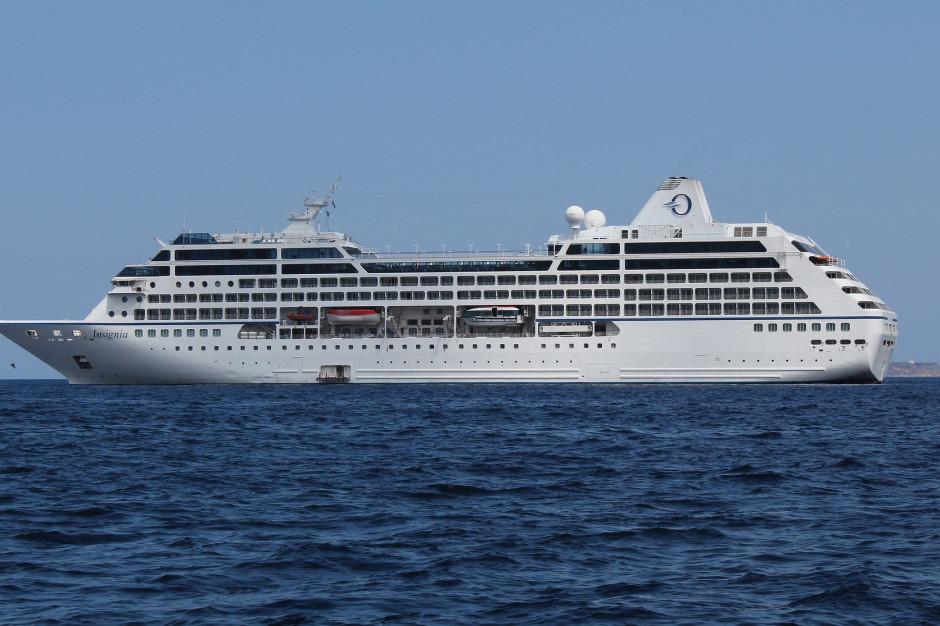 Pierwszy w tym sezonie wycieczkowiec wpłynął do portu w Gdańsku