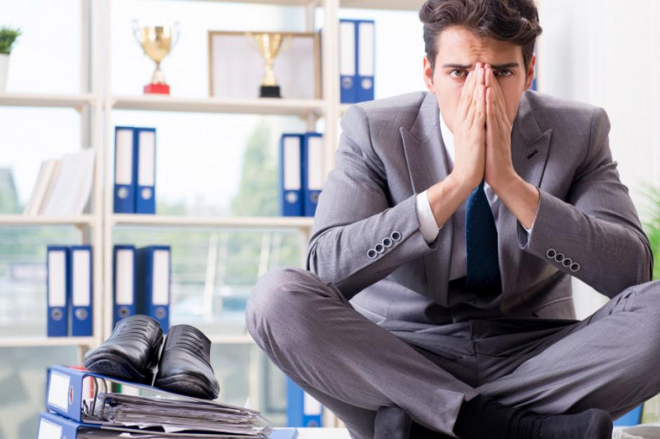 GUS: powroty do biur widoczne, tempo likwidacji miejsc pracy spada