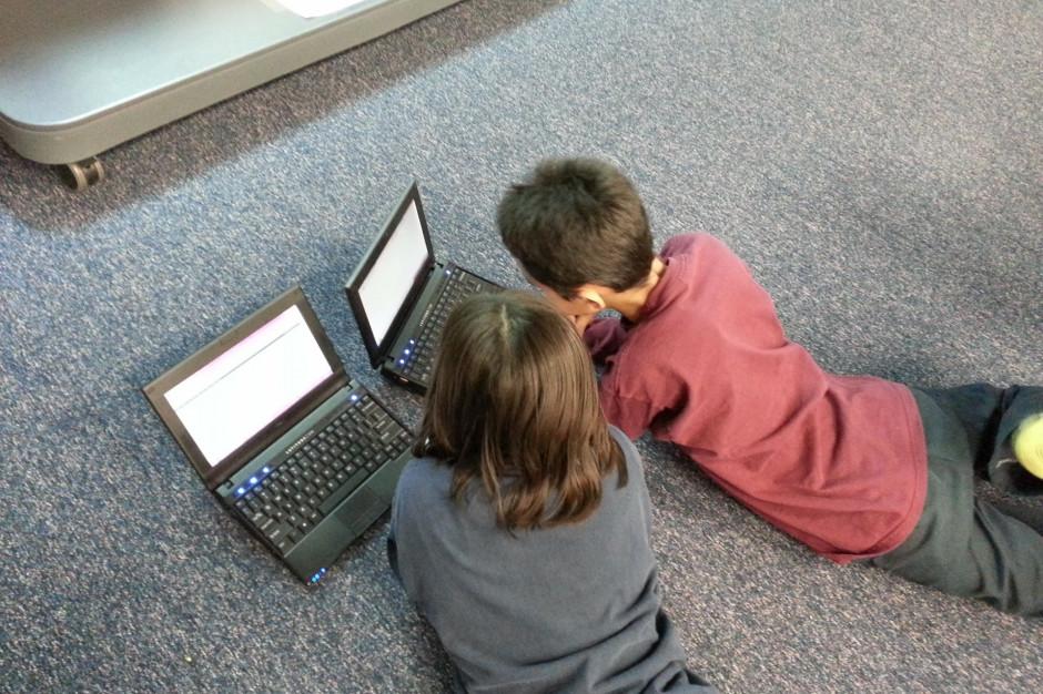 Podkarpackie: 120 laptopów dla uczniów dzięki unijnemu wsparciu