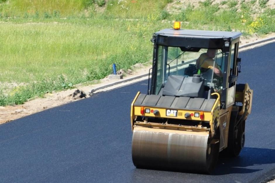 Wpłynęły cztery oferty w przetargu na remont drogi Budzyń - Tarnowo