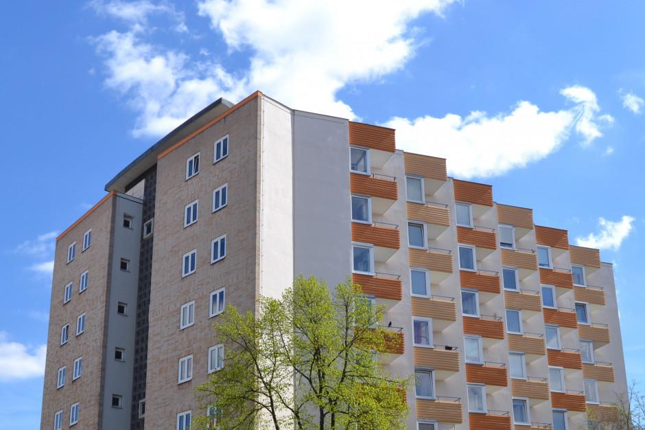 GUS: Oddano do użytku więcej mieszkań niż przed rokiem