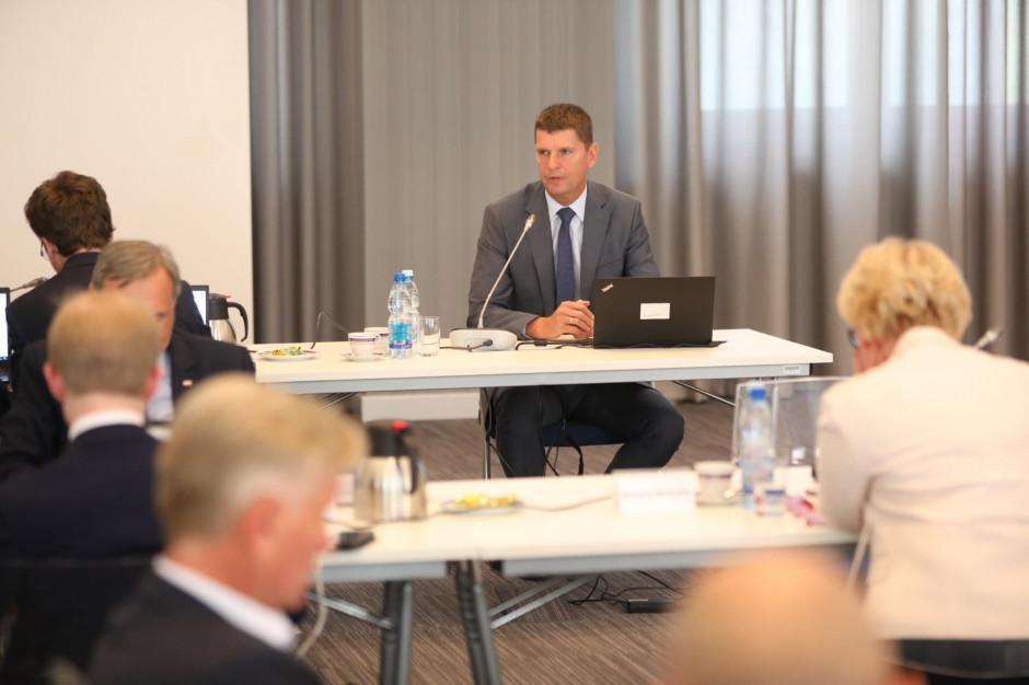 Piontkowski: Subwencja oświatowa rośnie. Wydatki na edukację w Polsce wyższe niż średnia europejska