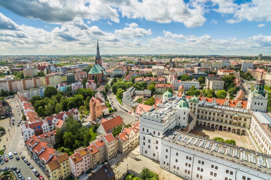 W Szczecinie rozpoczęła się ewakuacja przed usuwaniem niebezpiecznego obiektu