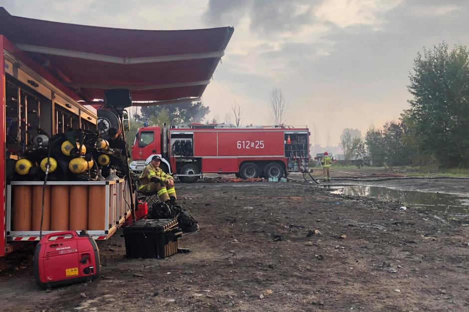 Pożar w rejonie składowiska odpadów w Sosnowcu opanowany