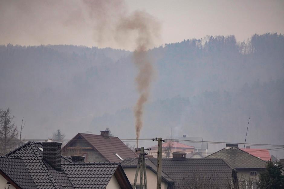 Stop Smog. Wymiana pieca załatwia tylko część problemu