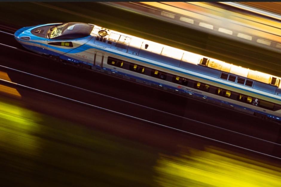 Mniej pasażerów kolei. Epidemia ograniczyła wakacyjne podróże Polaków