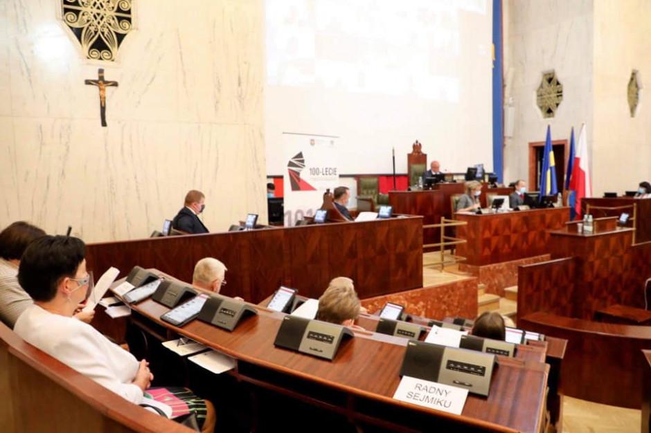 Śląskie: Samorządowcy solidarni z Białorusinami