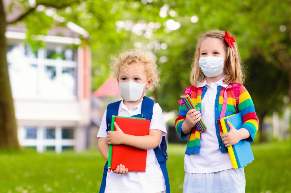 Warszawa: 61 pozytywnych testów na koronawirusa w placówkach oświatowych
