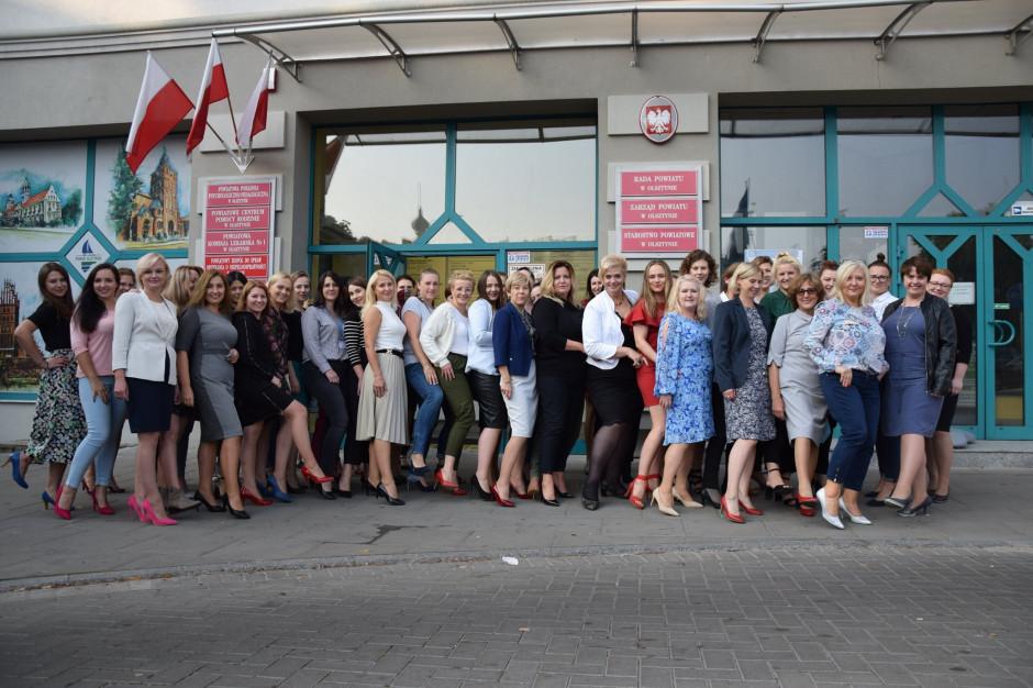 Samorządowa Polska na szpilkach w szczytnym celu