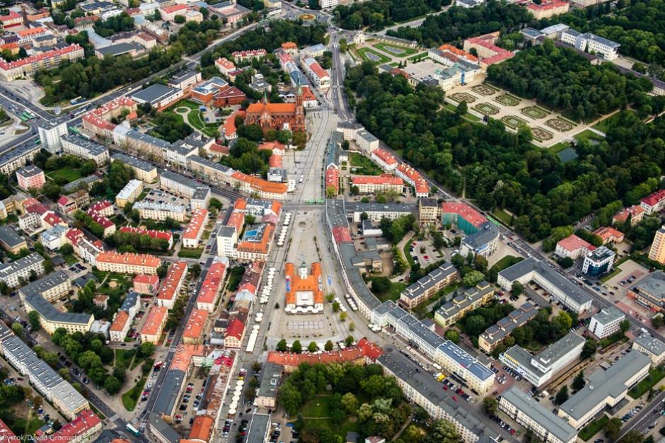 """Białystok zmienia logo promocyjne. Już nie będzie """"wschodzący"""""""