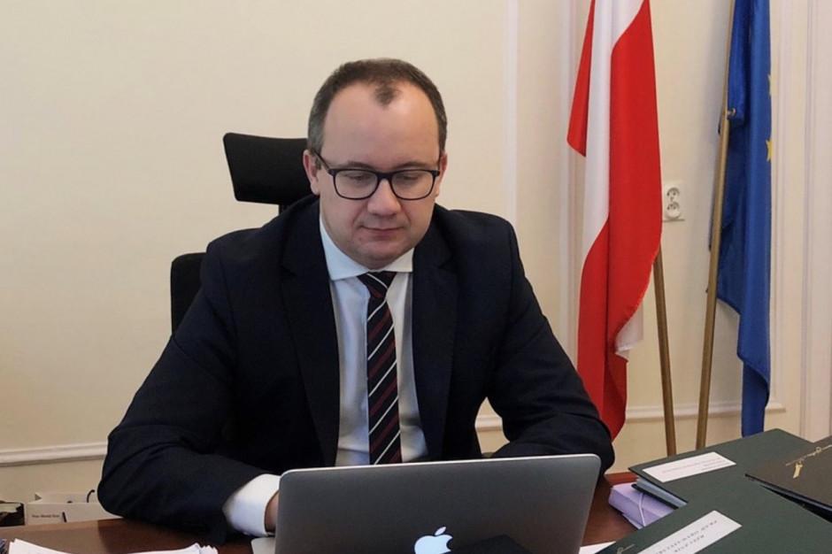 Rzecznik praw obywatelskich Adam Bodnar zakażony koronawirusem