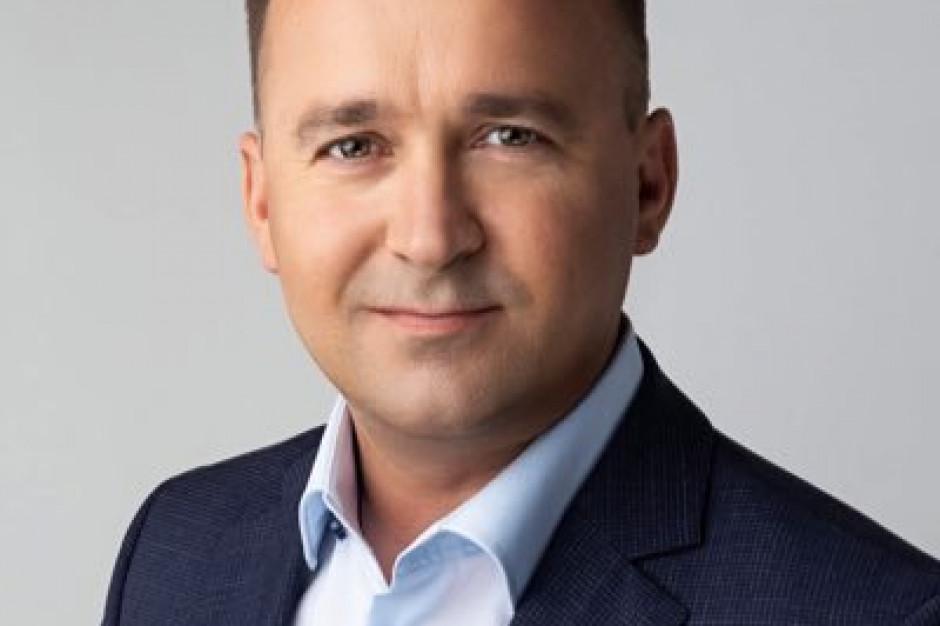 """Minister ds. samorządu urzędem bez wielkiej wagi? """"Michał Cieślak politykiem mało rozpoznawalnym"""""""