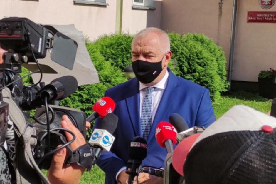 Sasin: Dochodzi do połączenia ministerstw. Czarnek lepiej odpowiada wyzwaniom