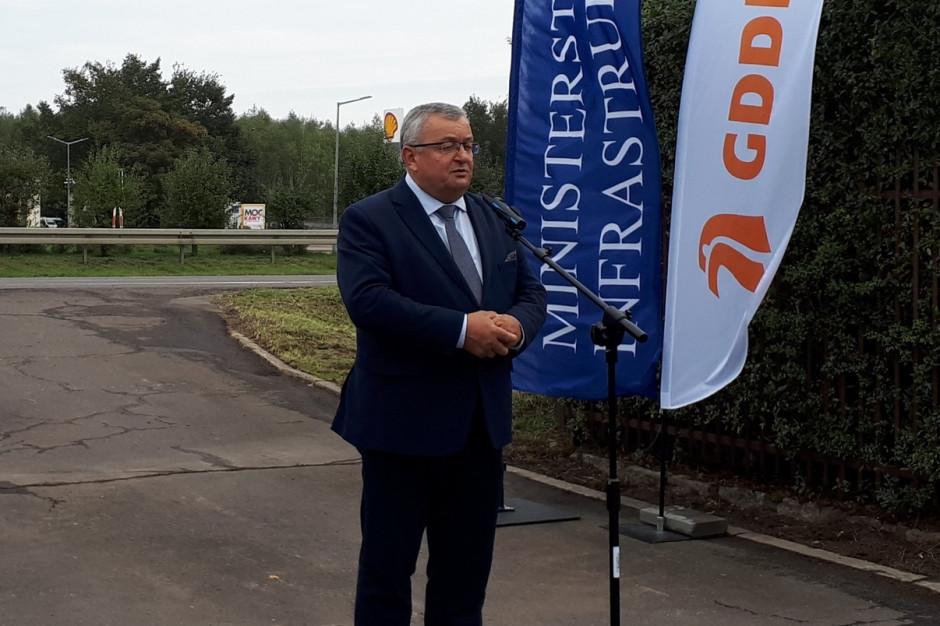 Adamczyk: Priorytetem budowa nowych dróg i inwestycje kolejowe