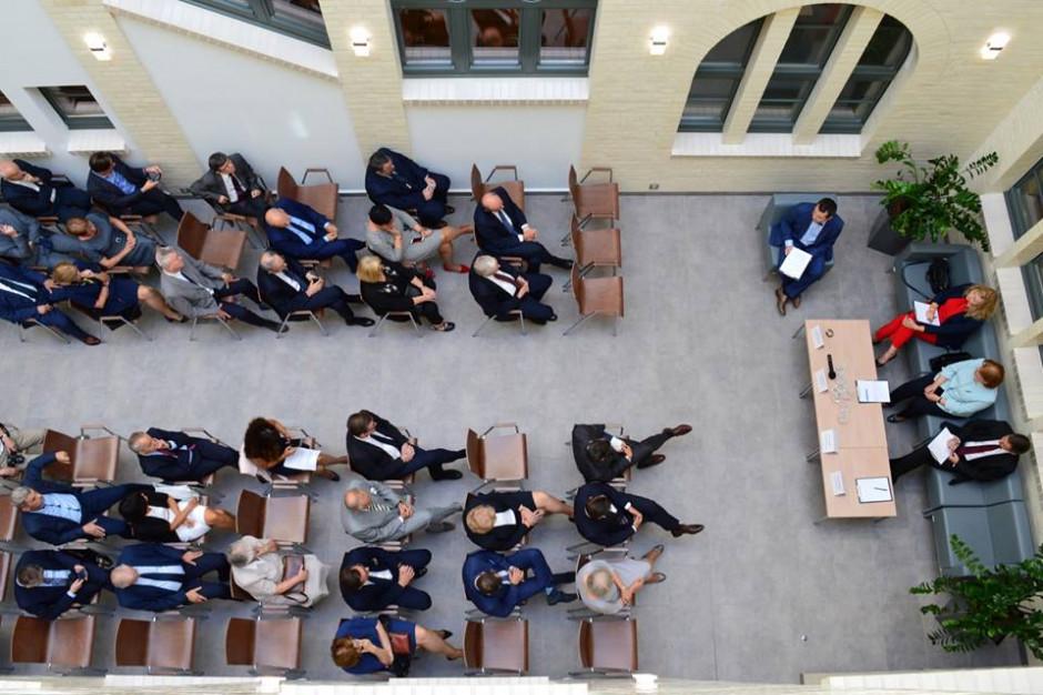 Inauguracja roku akademickiego na UE w Katowicach przełożona z powodu koronawirusa