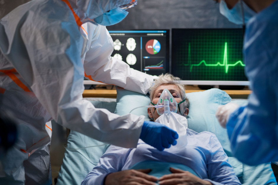 Koronawirus: 4,739 tys. zakażeń i 52 zmarłych. Rekordowa liczba osób zarażonych