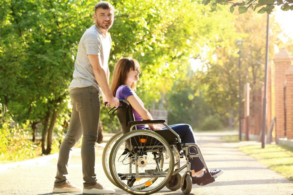 RPD apeluje o zmianę przepisów o świadczeniach dla opiekunów osób niepełnosprawnych