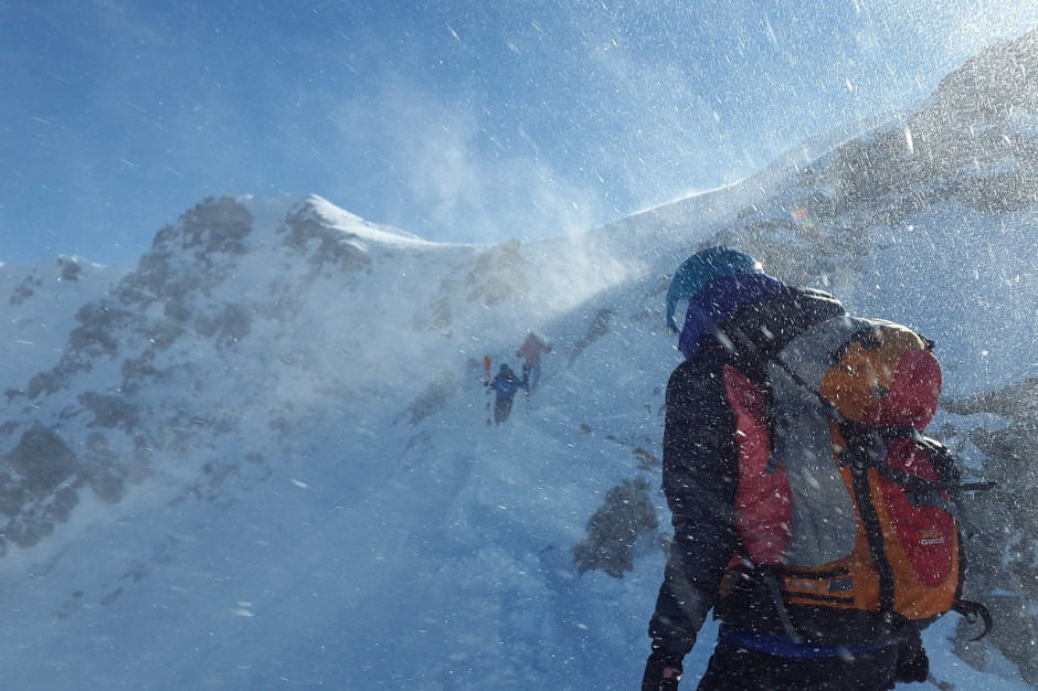 Beskidy: Śnieg w górach. Bardzo trudne warunki na szlakach