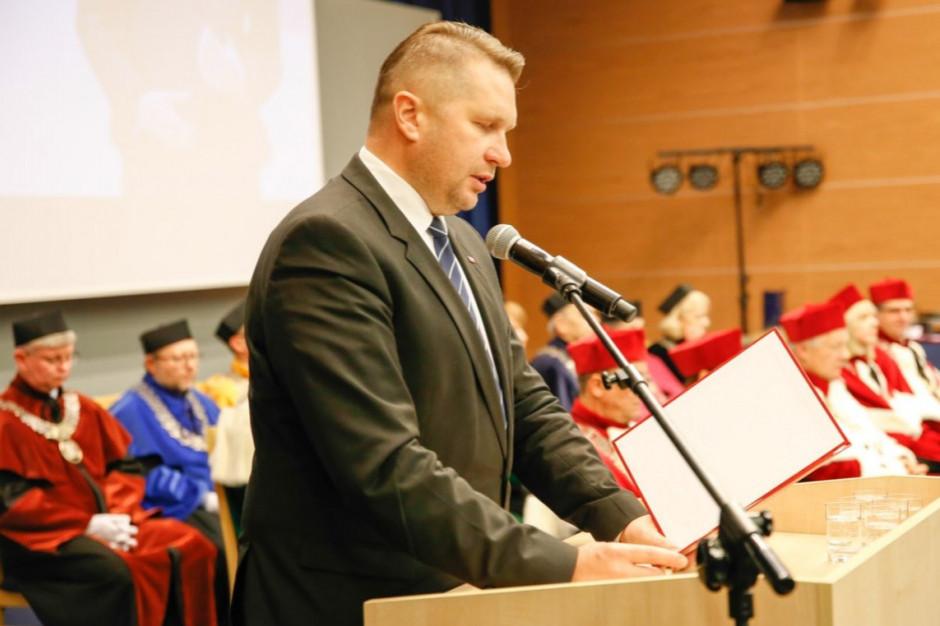 Przemysław Czarnek: Przede wszystkim bezpieczeństwo uczniów i osób pracujących w oświacie