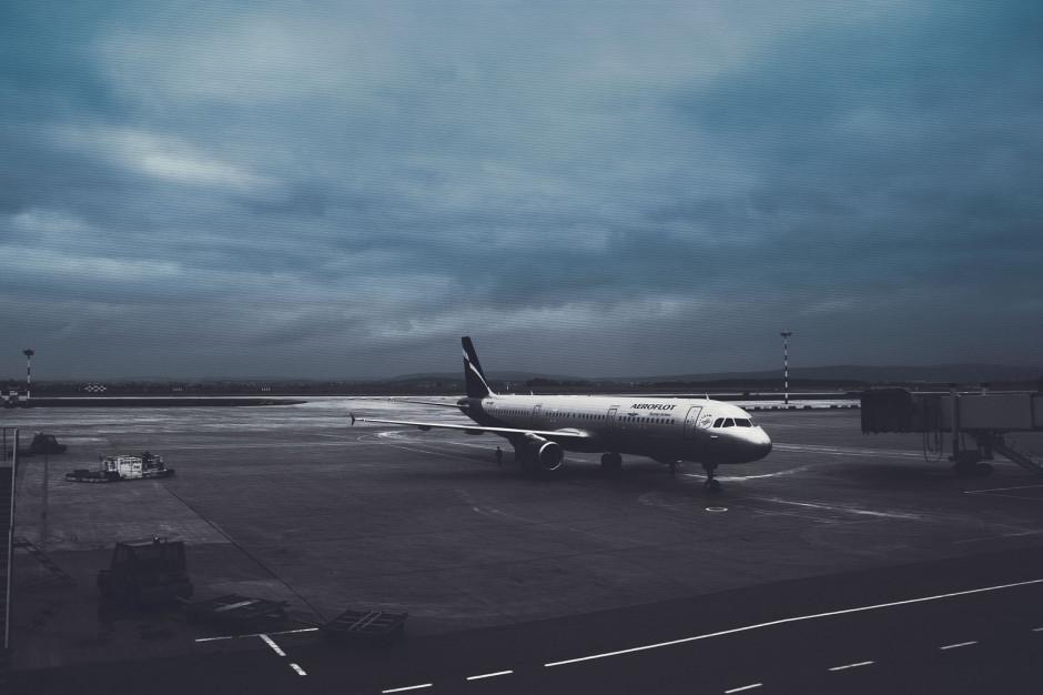 Horała: Nie ma planów zamykania lotnisk ani ograniczania ruchu lotniczego