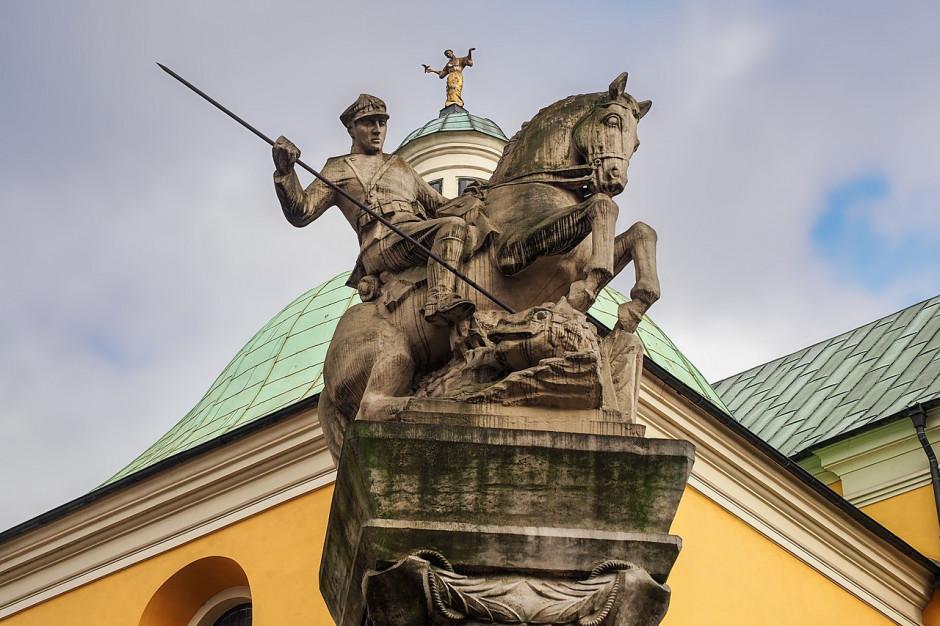 W Poznaniu zdewastowano pomnik 15. Pułku Ułanów Poznańskich