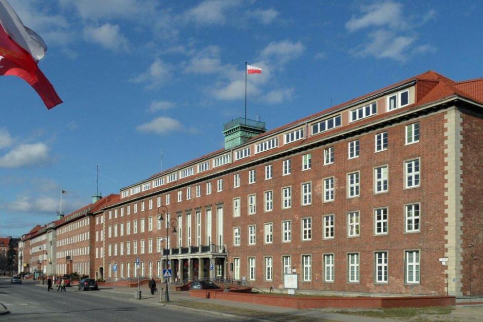 Pomorskie: Pracownicy urzędu marszałkowskiego zgłosili się do pracy w sanepidzie