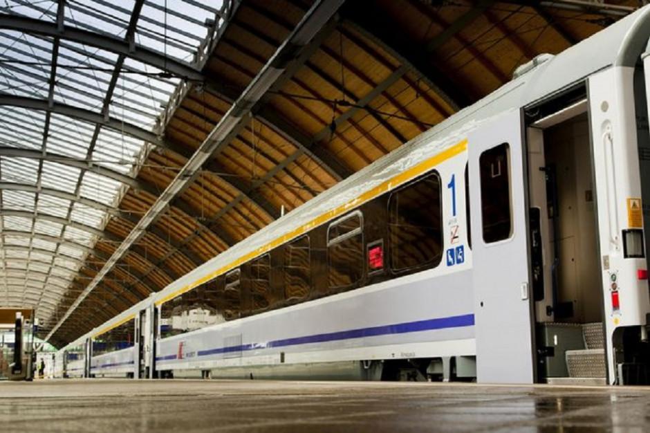 Koleją podróżowało we wrześniu o 25 proc. pasażerów mniej niż rok temu