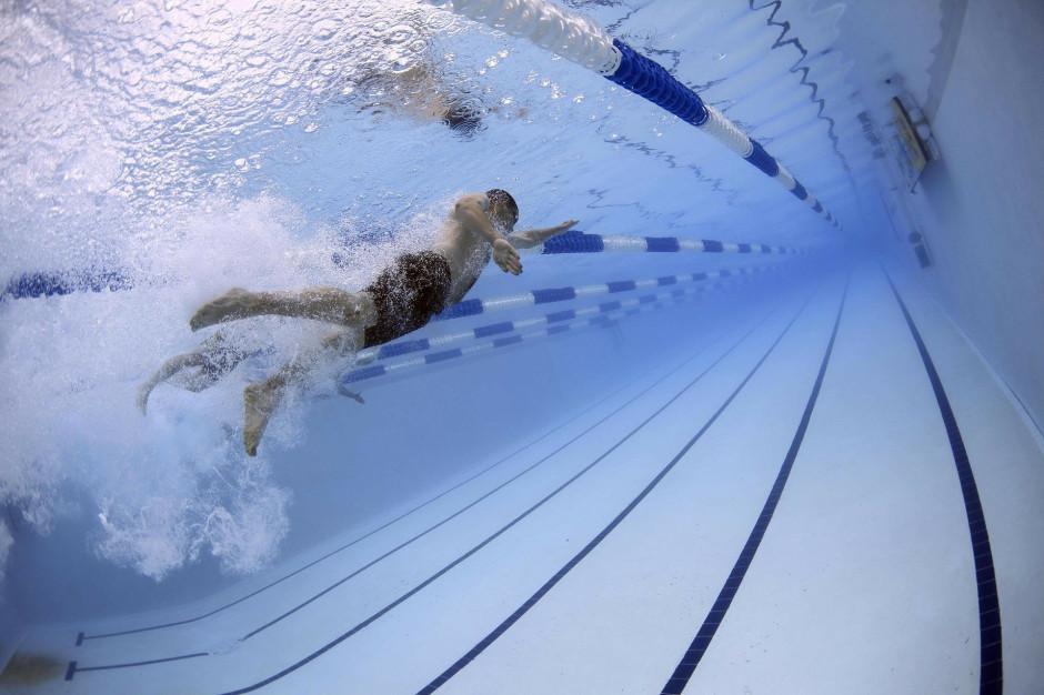 MRPiT: Działalność basenów i siłowni możliwa w ramach współzawodnictwa sportowego