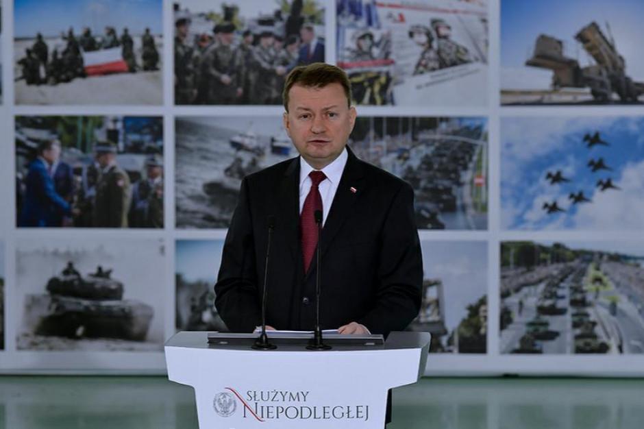 Szef MON: do 600 szpitali zostaje skierowanych dodatkowo 2 tys. żołnierzy