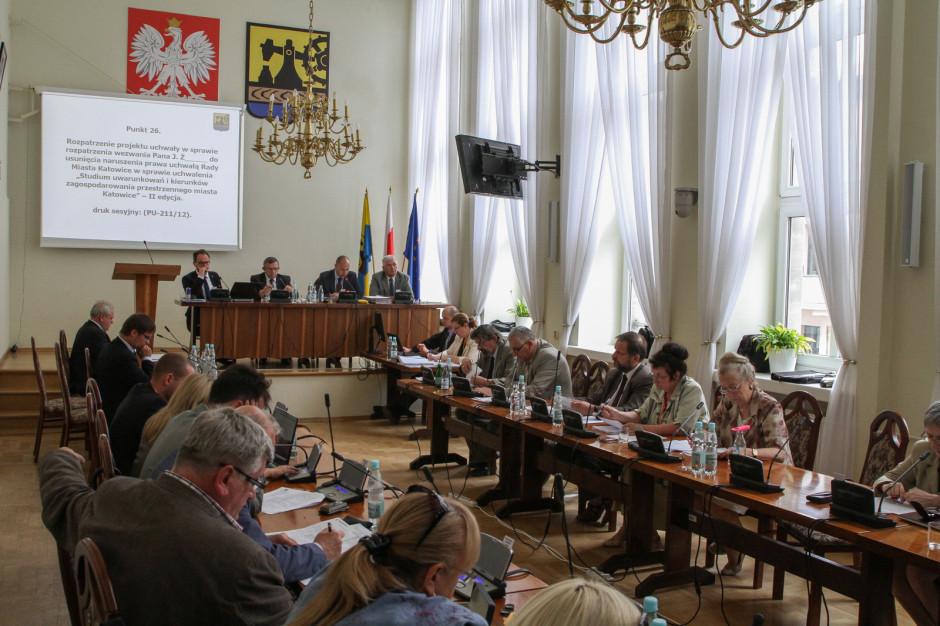 Katowice: Rada miasta przyjęła oświadczenie dotyczące protestów