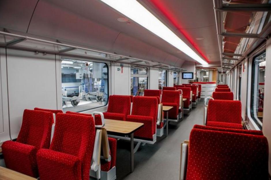 Adamczyk: planowany jest przetarg na modernizację 192 wagonów kolejowych