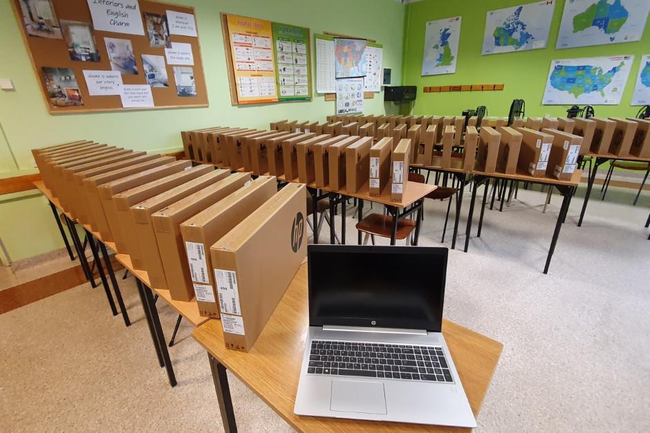 Laptopy trafią do opolskich szkół i nauczycieli. Projekty za 12 mln zł
