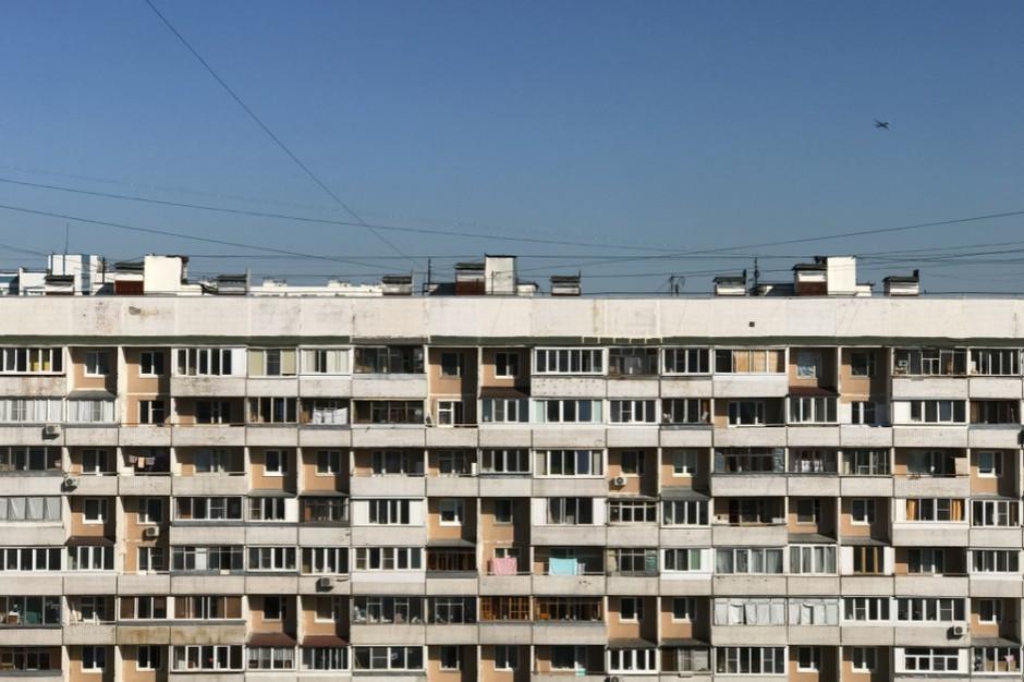 Ubywa lokali socjalnych, ale też dodatków mieszkaniowych
