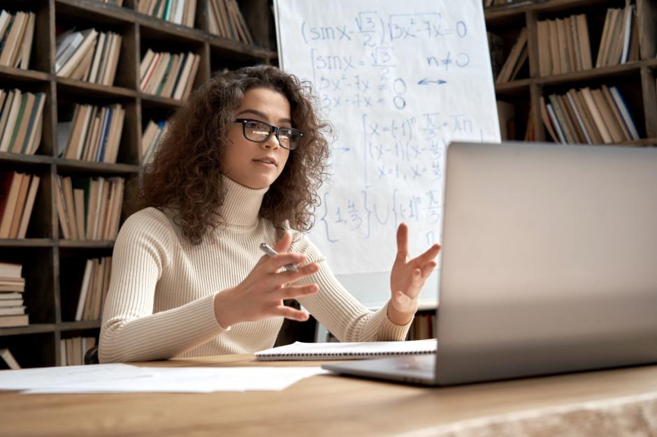 Wnioski o 500 zł nauczyciele mogą składać do 7 grudnia