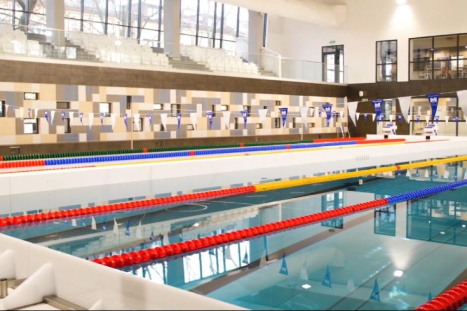 Kraków: nowoczesny basen na jubileusz szkoły