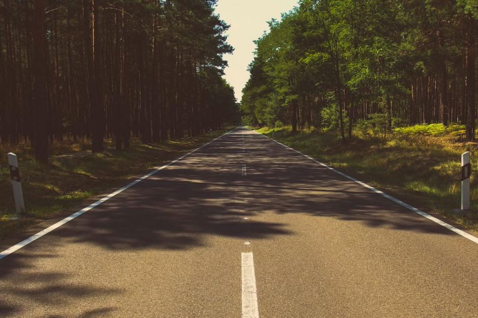 Samorządy dostaną dodatkowe pieniądze na budowę i remonty dróg