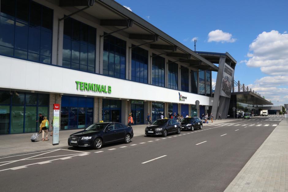 Ponad 70-procentowy spadek liczby pasażerów na katowickim lotnisku