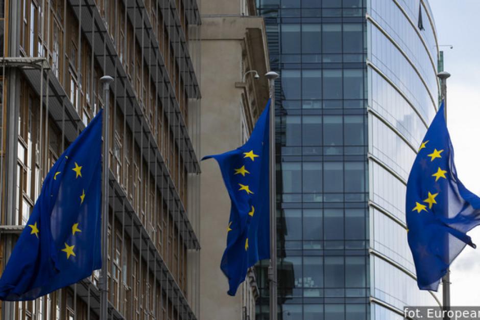 Kolejni radni apelują o wycofanie się z weta w sprawie unijnego budżetu