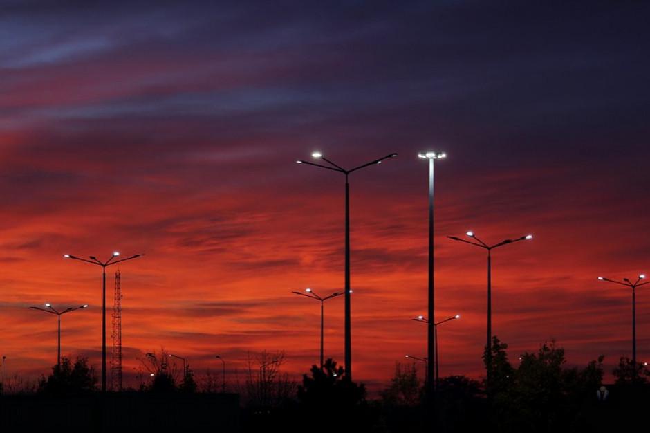 Energooszczędne oświetlenie uliczne postanie w Kobylnicy
