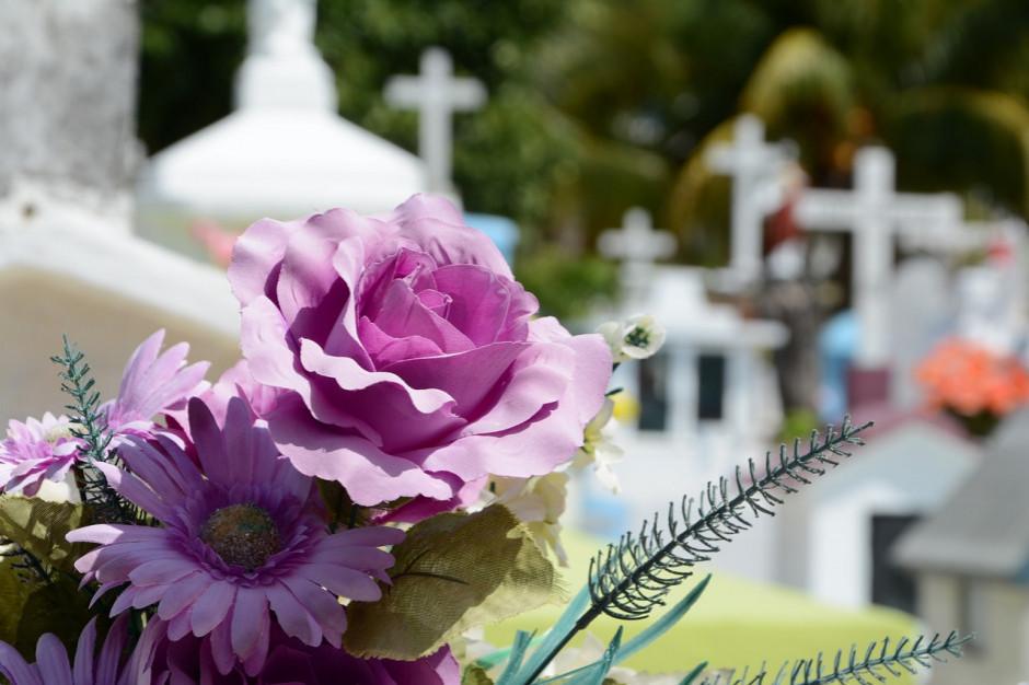 Firmy pogrzebowe nie dorobią się na koronawirusie
