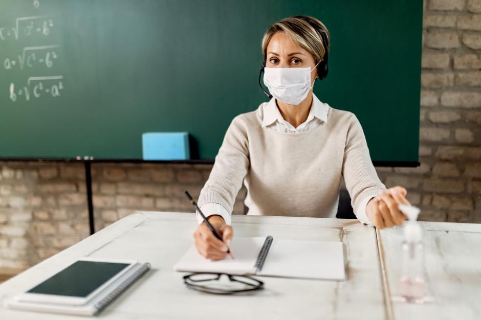 Nauczycielom zostaną zrobione testy na koronawirusa