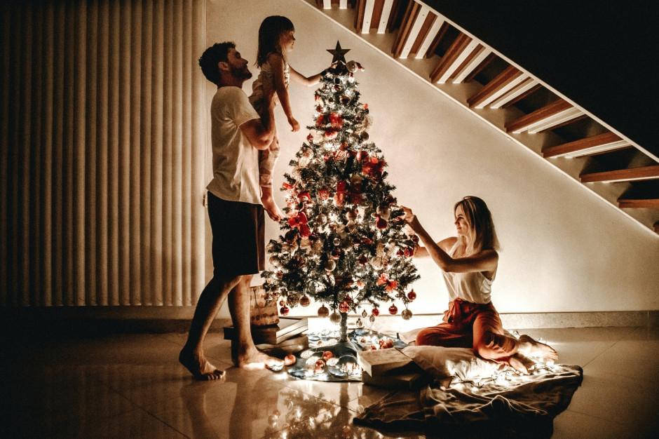 Wirusolog: Jeśli nie chcemy wzrostu zakażeń spędźmy święta z najbliższą rodziną