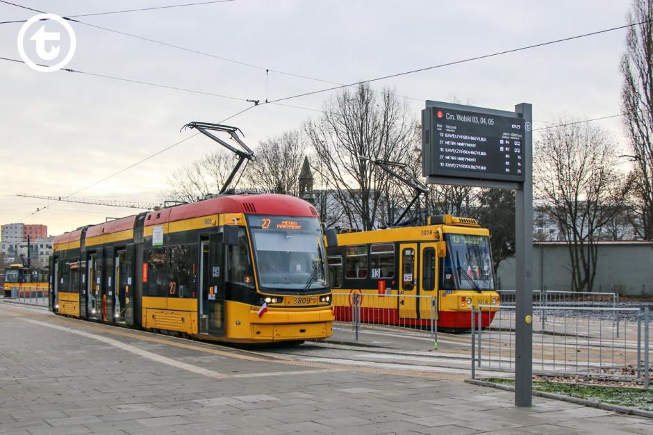 Rozkład jazdy w smartfonie to powoli norma w polskich miastach