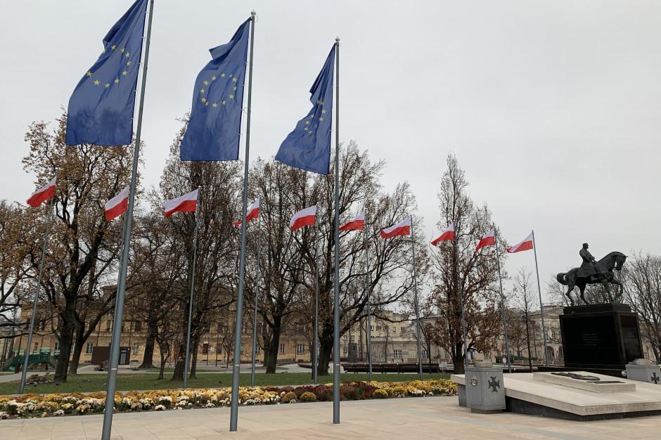 Lublin też wywiesza unijne flagi na znak sprzeciwu