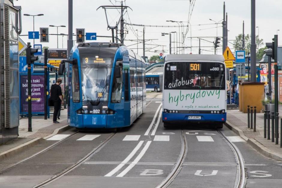 Kraków: Z powodu smogu w środę darmowa komunikacja miejska